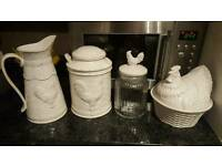 Gisela Graham Ceramic Chicken Set