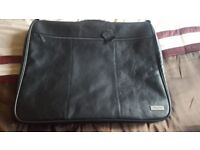 Joseph Verity of London Genuine Leather Suit/Garment Carrier