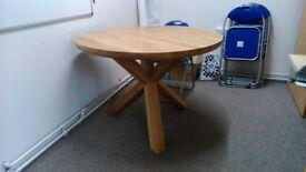Pine Table (110cm in diameter)