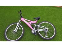 Trax tfs1 pink ladies bike with 26 wheel