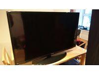 Samsung TV 40''. Model: UE40EH5000KXXU. In perfect condition.