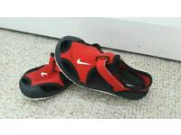 Nike infant sandals size 6.5