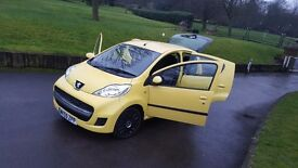 MINT ! 2009-10 Peugeot 107 AUTO 5door Two Owner £20 Tax , why Aygo C1 Yaris corsa polo micra alto