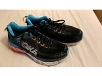 Hoka Arahi Women's running trainers size 6