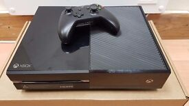 Xbox one - 500gb - with controller and hdmi cable - in full working condition