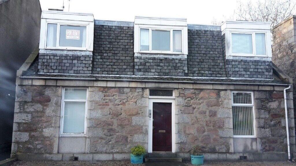1 Bedroom Furnished Flat to Rent in Rosemount