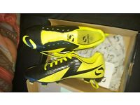 Zondico venata FG football boots only worn once yellow and black size 8.5