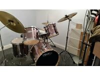 Mapex Drum Kit with Cymbals and Stool