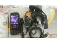 Nokia 6600 slide unlocked comes with box earphones and charger phone in very good condition