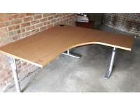 Large Corner Desk - DELIVERY AVAILABLE 🚚🚚🚚🚚
