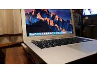 Apple MacBook Air 13inch (Early 2015)