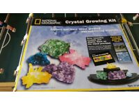 NEW National Geographic Crystal growing kit