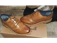 BROWN LADIES BROGUE SHOES SIZE 6