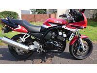 2003 Yamaha Fazer fzs600 (only 14000 miles )