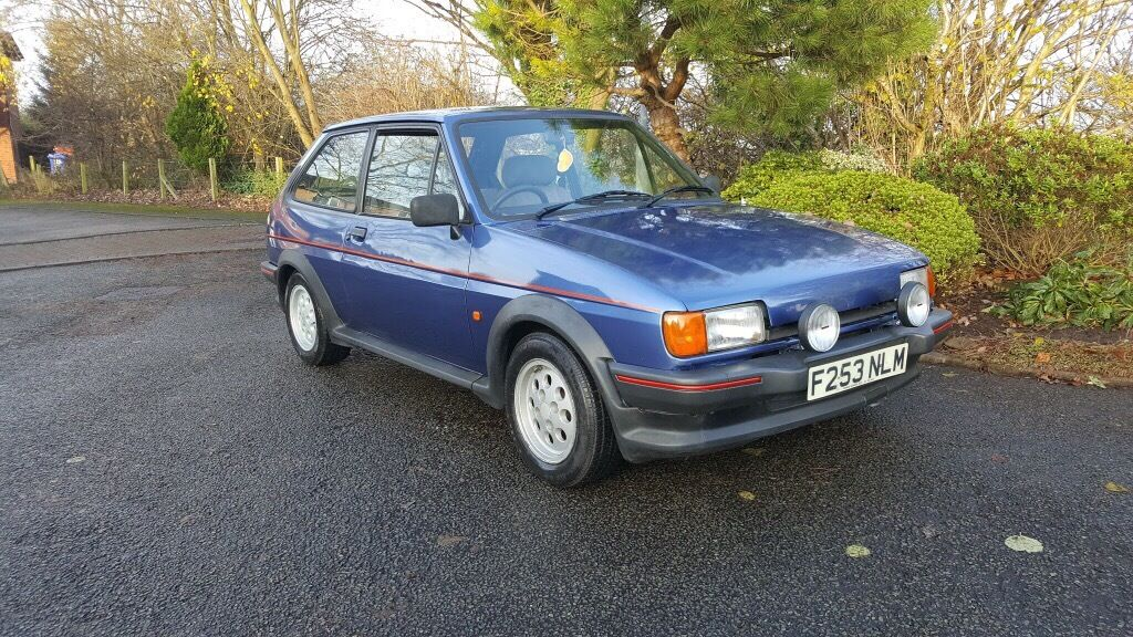 ford fiesta xr2 blue low miles 2 owners since 1994 rare. Black Bedroom Furniture Sets. Home Design Ideas