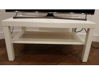 White Coffee Table in excellent condition
