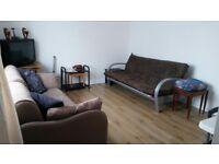 Double Room Hayes/ Heathrow (Ealing Broadway 8mins, Heathrow 6mins, Paddington 15min)