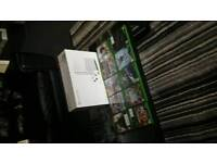 Xbox one S 2TB with 2 controllers, 10 games