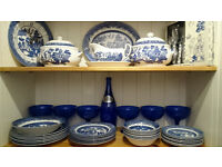 Various items of Blue Willow China