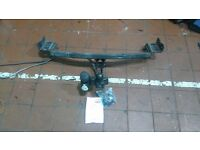TOW TRUST TOW BAR great condition