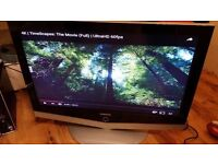 lat LCD Samsung LE40R51B 40-inch screen size comes with stand