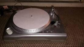 ION turntable. Phono or usb output. As new. Cost 100 new