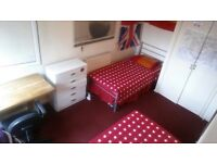 roomshare in mile end