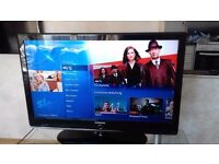 "42"" SAMSUNG TV, FREEVIEW & GLASS TV UNIT"