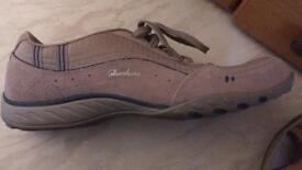 NEW sketcher trainers