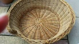 Small dog/cat wicker bed