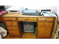 MFI Wooden Pedestal Desk