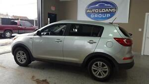 2013 Kia Sportage LX  Includes 1yr FREE WARRANTY and CASH BACK