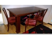 Dinning table with extencion and chairs