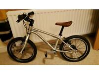 Early Rider Belter 16 Kids Bicycle