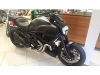 Ducati DIAVEL Carbon ABS 1200cc 1 OWNER 700 MILES FROM NEW