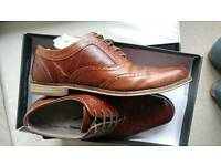 (SOLD) Men's size 9/43 brown shoes