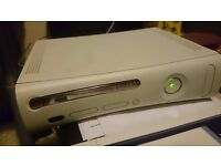 Xbox 360 Used/Working+5 games
