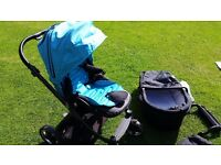 Babystyle oyster pushchair and carrycot with blue colour pack