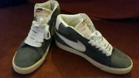 Brand new men's size 9 Nike suede trainers