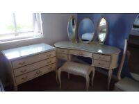 Vintage 4-piece bedroom furniture