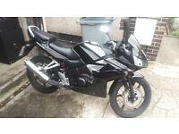 Honda CBR 125R 09 BLACK AND SILVER ONLY 7841 MILES!