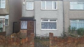 Beautiful 4 Bedroom House in Mitcham