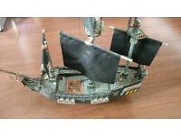 Mega Bloks Pirates of the Caribbean Black Pearl Ship RARE 1017