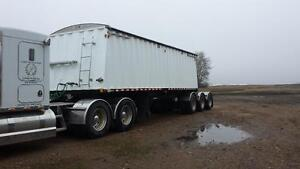 1996 doepker lead grain trailer