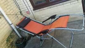 Reclining garden arm chair