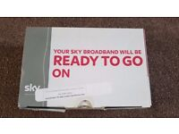 Sky Hub Wireless Router WiFi broadband Black SR102 *Boxed*