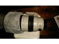 Canon EF 100-400mm f/4.5-5.6 L IS II USM Lens Mint Quick Sale £1300