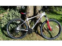 Carrea fury mountain bike 20 inch frame