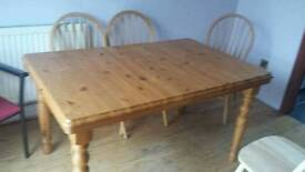 Large pine extendable table