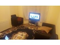 Large Double Bedroom in a House in Goodmayes £500 including all bills